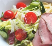 salad-1393094-m